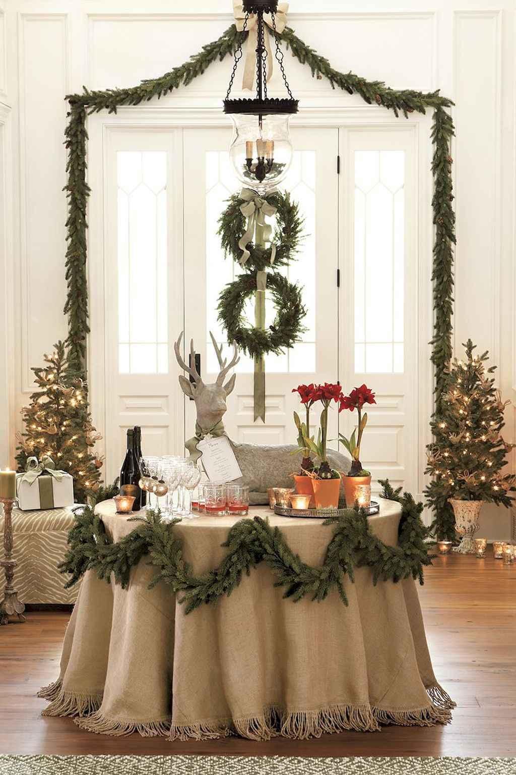 25 Elegant Christmas Party Table Decorations Ideas 11