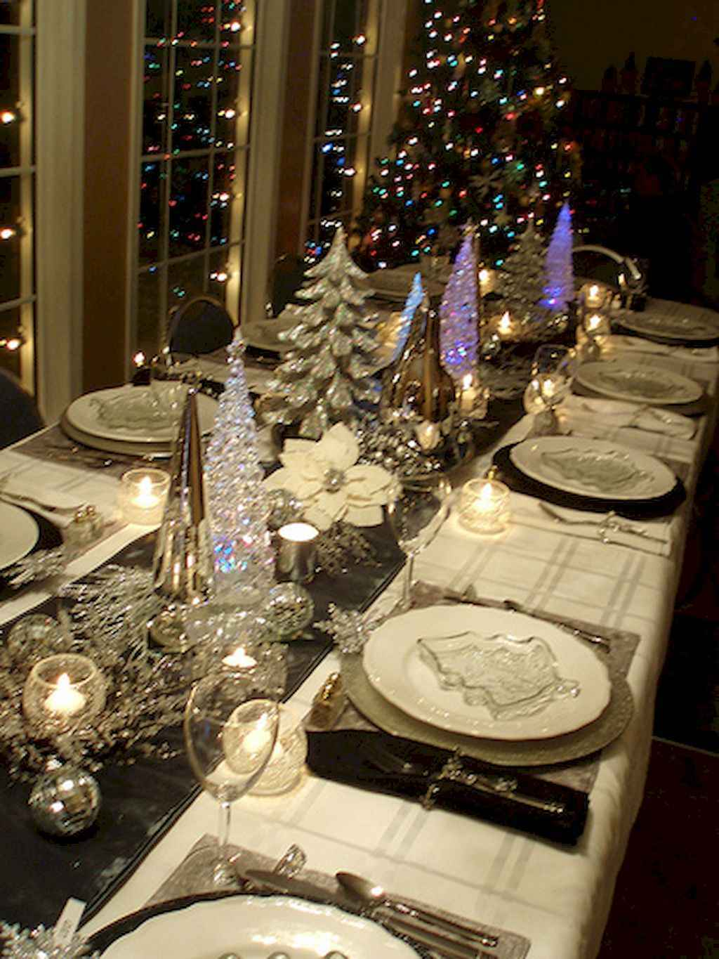 40 Awesome Christmas Dinner Table Decorations Ideas 2