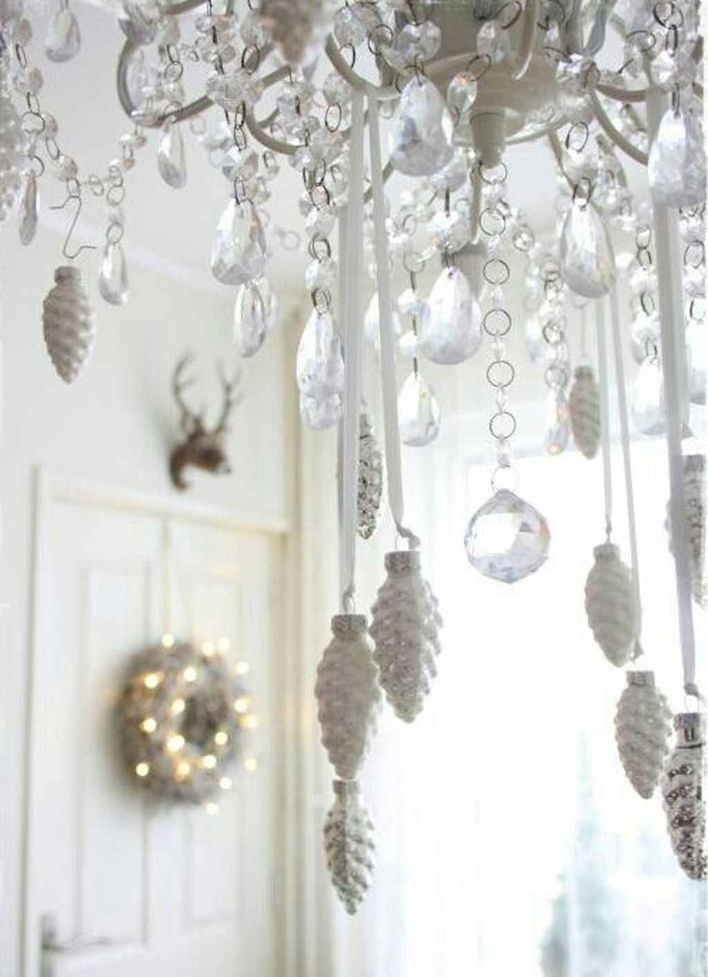 40 first apartment ideas christmas decorations shabby chic. Black Bedroom Furniture Sets. Home Design Ideas