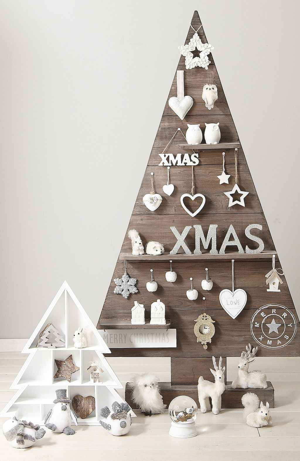 50 Stunning Modern Christmas Tree Decorations (47)