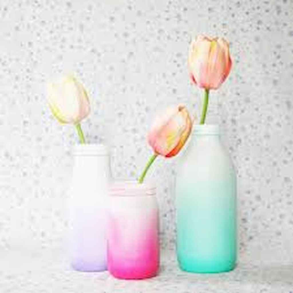 44 DIY Painted Ombre Vases Crafts Ideas On A BUdget (42)