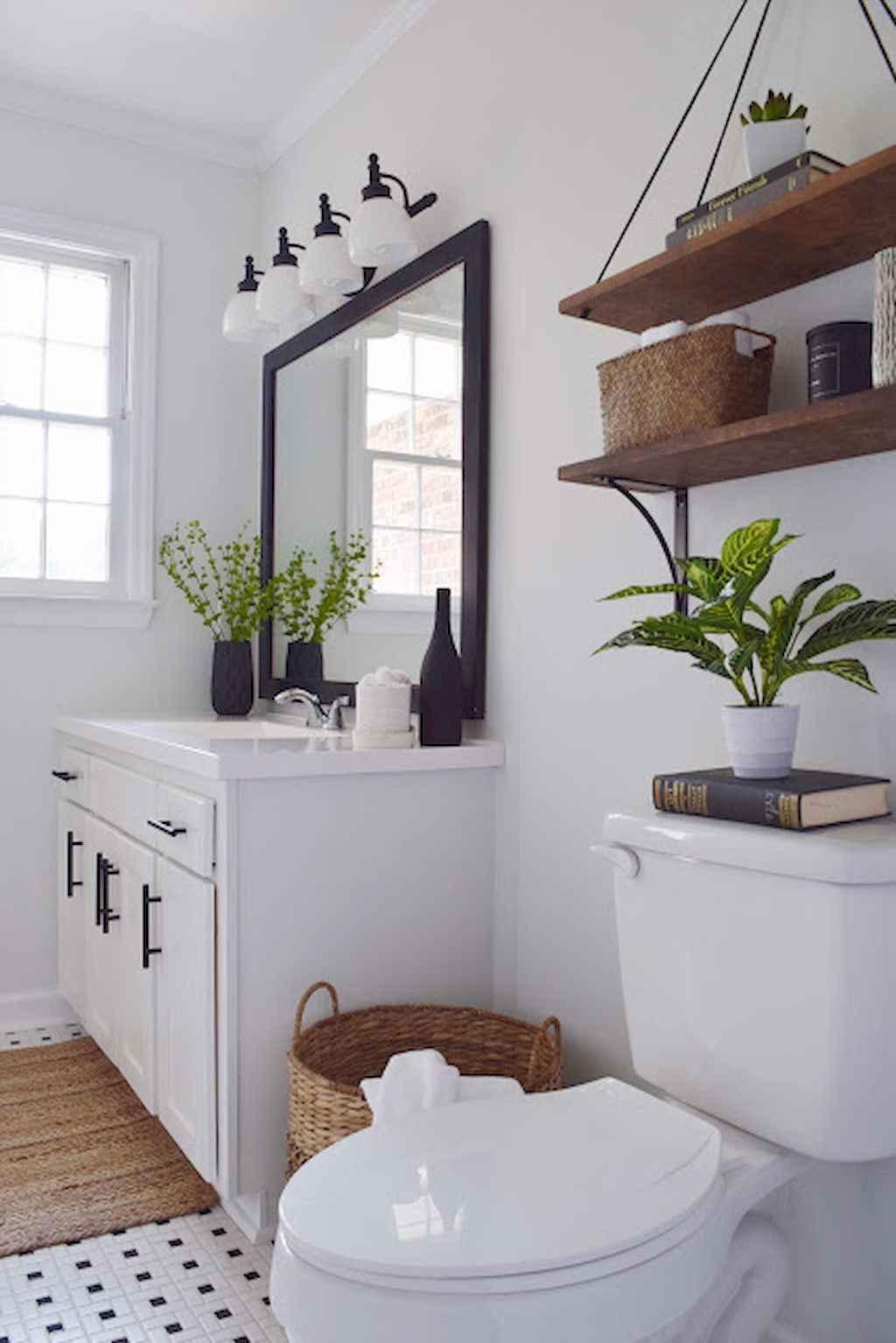 110 Best Farmhouse Bathroom Decor Ideas (143) - LivingMarch.com