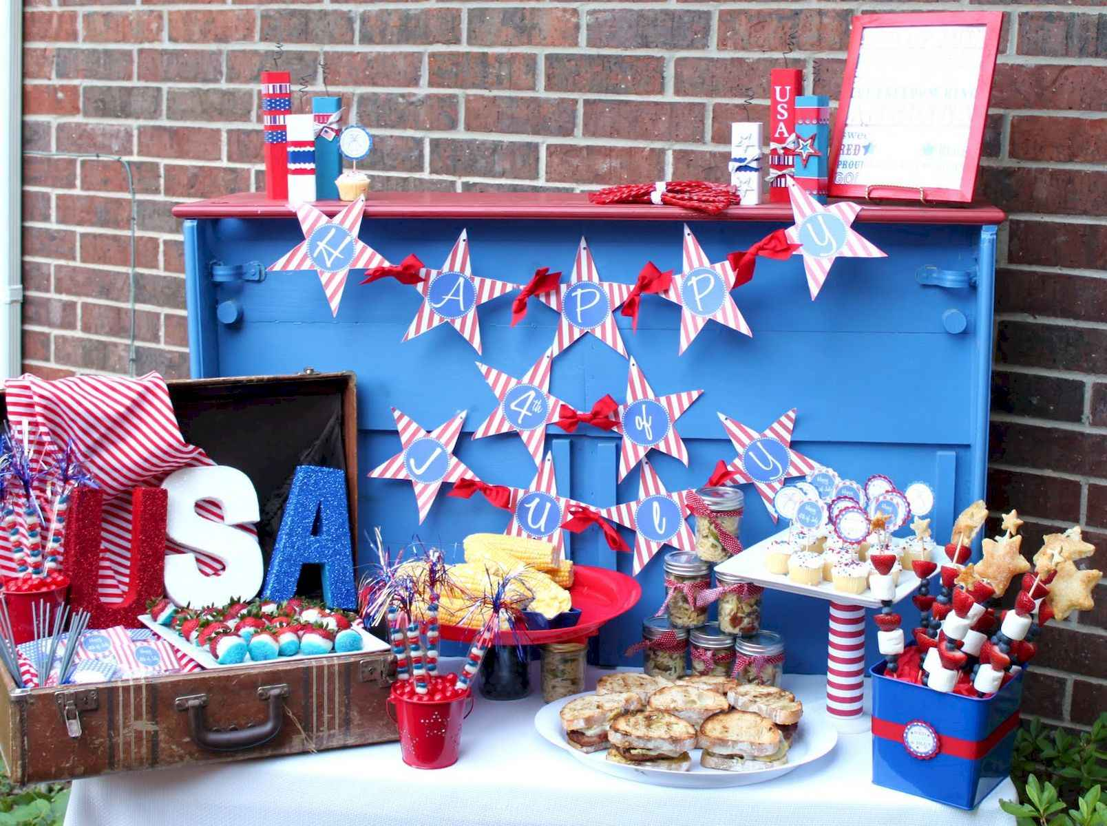 80 DIY America Independence Day Decor Ideas And Design (55)